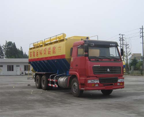 东风散装饲料运输车、粉粒物料运输车